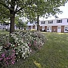 Chesapeake Pointe Townhomes - Akron, OH 44306