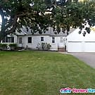 New Listing in Blaine! $1795 3bd/1.5 bath Avail... - Blaine, MN 55449