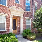 INCREDIBLE TRI-LEVEL TOWNHOME MINUTES FROM BAYL... - Dallas, TX 75204