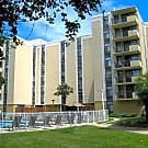 Royal Mace Apartments - Norfolk, Virginia 23503