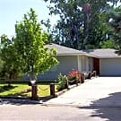A cute four bedroom home for only $750 per  month - Caldwell, ID 83605