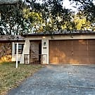 Cute 2/2/2/screened porch/fenced yard - Spring Hill, FL 34608