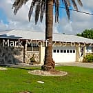 WATERFRONT Direct Access 2/1 Duplex with Pool! - Cape Coral, FL 33904