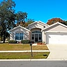 Spacious 2/2.5/2 plus office in Seven Hills - Spring Hill, FL 34608