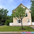 Historic 4bd/1ba Charming Home - Saint Cloud, MN 56304