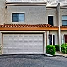 This 3 bedroom 2.5 bath home has 1407 square feet - Peoria, AZ 85345