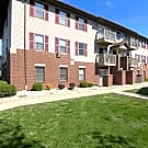 Peak U Muncie Silvertree Apartments - Muncie, Indiana 47304