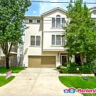 Stunning Townhome With Private Driveway - Houston, TX 77007