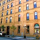 Straus Lofts - Saint Paul, MN 55101