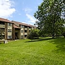 Ridgewood Village Apartments - Grand Rapids, MI 49546