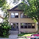Beautiful 4 Bedroom and 2 Bathroom Duplex - Minneapolis, MN 55411