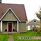 Duplex and Horse Barn on 3.8 Acres! - Tacoma, WA 98446