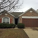 Updated 3 Bedroom with Fireplace - Indianapolis, IN 46208