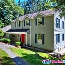 Private get away on over an acre - Issaquah, WA 98027