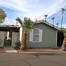 3 bedroom, 2 bath home available - Glendale, AZ 85303