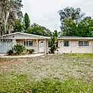 Spacious 3 Bedroom 2 Bathroom Home With Fenced In - Palmetto, FL 34221