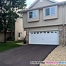 End unit 3BED/2BATH Townhome in Hugo - Hugo, MN 55038