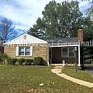 Cute Ranch Home with Nice Yard and Wood Floors! - Lakeside Park, KY 41017