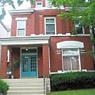 Spectacular Historic Highlands / Modern features - Louisville, KY 40204