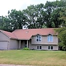 Great 4BR house with wooded privacy! - Lakeville, MN 55044