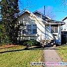 2 bedroom 2 bath Single family home in S.... - Minneapolis, MN 55407