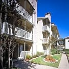 Plaza Del Lago - Dallas, Texas 75220