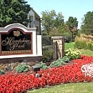 Hampshire Park Apartments - Hobart, Indiana 46342