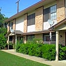 CUTE TOWN HOME IN SUPERB LOCATION! - Denton, TX 76201