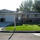 Almost New Duplex, New Carpet, Paint and Updated! - Spokane Valley, WA 99216