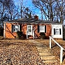 Beautiful 2 Br All Brick Home Minutes From Uptown! - Charlotte, NC 28208