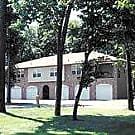 Middlesbrough Manor Apartments - Maumee, OH 43537