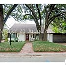 Stunning 3/2 in Highly Sought After Crestwood For - Fort Worth, TX 76107