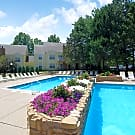 Country Club Place - Saint Charles, MO 63303
