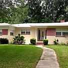3/2.5 House in Florida Park - Gainesville, FL 32605