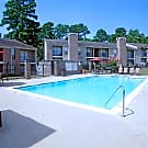 Rolling Brook Apartments - Huntsville, TX 77320