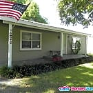 Peaceful Country Living AND Easy Access To City - McQueeney, TX 78123