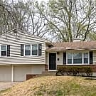 3 BDRM 2 BATH FAIRLANE SPLIT LEVEL HOME - Kansas City, MO 64134