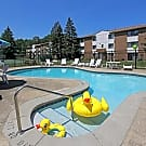 Columbia Square Apartments - North Olmsted, OH 44070