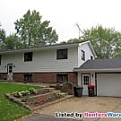 3BD/1BA Upper Level of Lakehome in Waverly... - Waverly, MN 55390