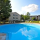 Oakwood Apartments - Florence, KY 41042
