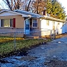 Spacious 4 Bed / 1.5 Bath Pet-Friendly House for R - Indianapolis, IN 46218