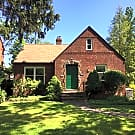 4 Bd, Central Air, Remodeled, Rent Short Term - Cleveland Heights, OH 44118