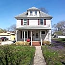216 Washington Ave, Newly Listed! Available 8/1/16 - Ames, IA 50010