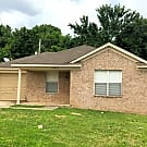 Inviting 4BR/2BA available today! - 4474 Cedar ... - Memphis, TN 38128