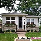 Charming Linden Hills 2 Bed 2 Bath!! Available... - Minneapolis, MN 55410