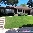 Spacious 2 Bed 2 Bath Side by Side Duplex  In... - Minneapolis, MN 55403