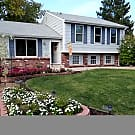 Beautiful 3 Bed 1 3/4 Bath + Study - Avail 9/15 - Littleton, CO 80128