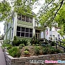 Elegant 4 Bed Upper Duplex in Lowry Hill - Minneapolis, MN 55403