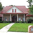 LARGE EXECUTIVE HOME IN SAFE NEIGHBORHOOD 3150sqft - Biloxi, MS 39531