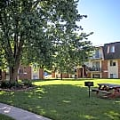 Rosewood Village Apartments - Springfield, MO 65804